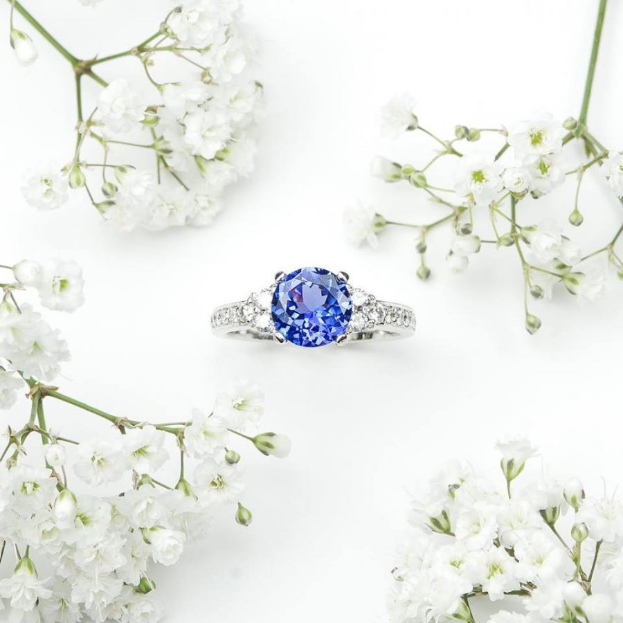 Diamond Tanzanite Ring, ROSH, jewellers, bespoke, ring, dress ring