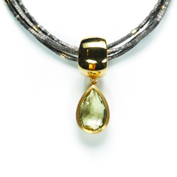 Lindenau Quartz Haematite Necklace Yellow Gold Plated